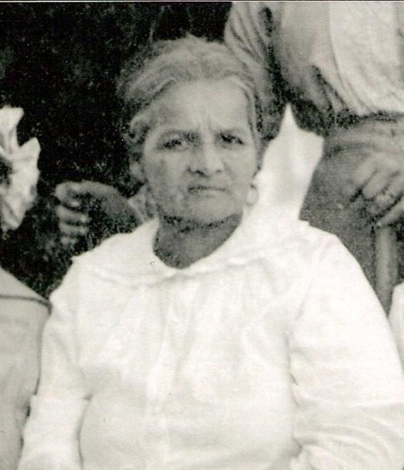 Aurelia Navarro Leonard