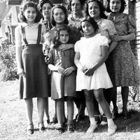 May 1939 Mom Marie and cousins